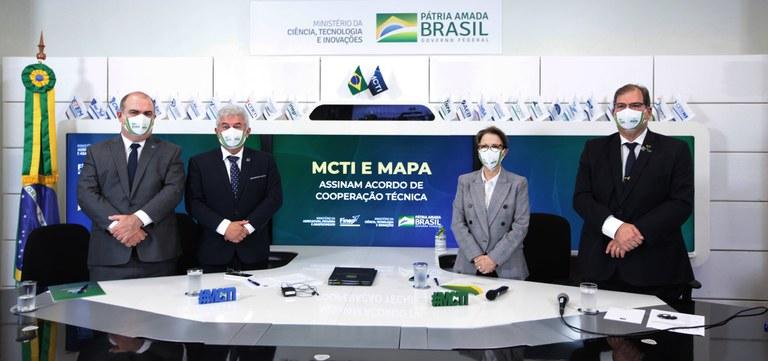 Mapa, MCTI e Finep assinam acordo de ações voltadas ao desenvolvimento tecnológico do agro brasileiro