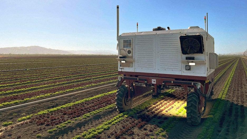 Robô agrícola elimina ervas daninhas com lasers de alta potência